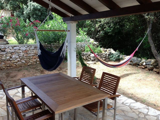 Sveti Jakov – a hidden place for a great vacation - Nerezine - Appartement