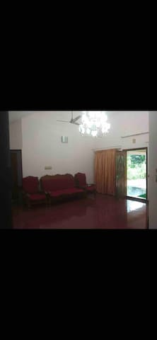 VACATION HOME FOR RENT NEAR KURUMULLOOR