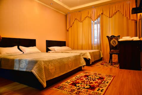 Your cosy room in Astoria B&B 1
