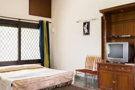 Villa Cum Home 3 Bed @ Vasant Kunj - New Delhi