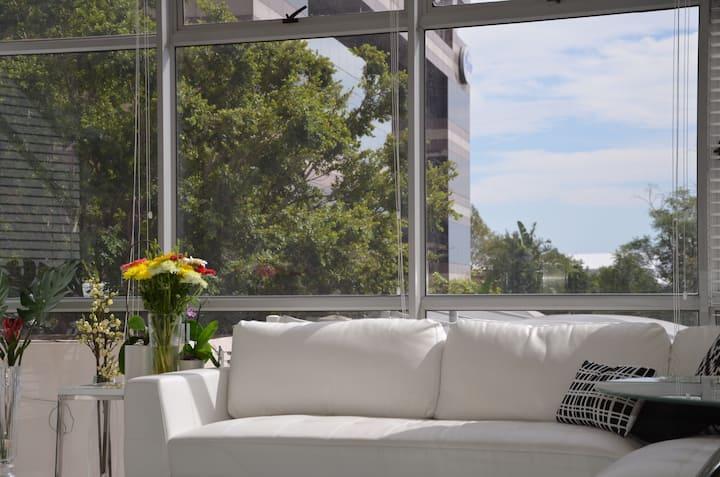 Entire private modern apartment in Sandton!
