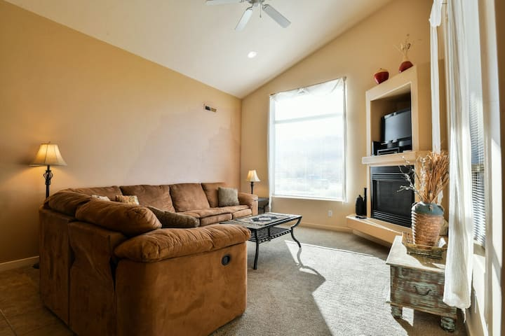 RV M4 - Moab get away and great price for the family!