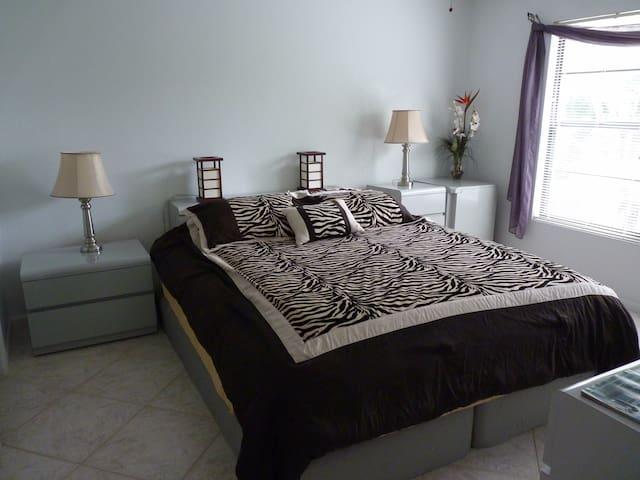 On Marco Island Master Bedroom VALUE Jan 2020