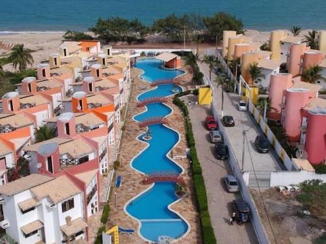 Casa com vista no Condomínio Paraíso de Maracajaú