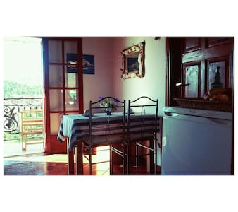 Rustic 2BD in the heart of town - Galaxidi - Apartemen