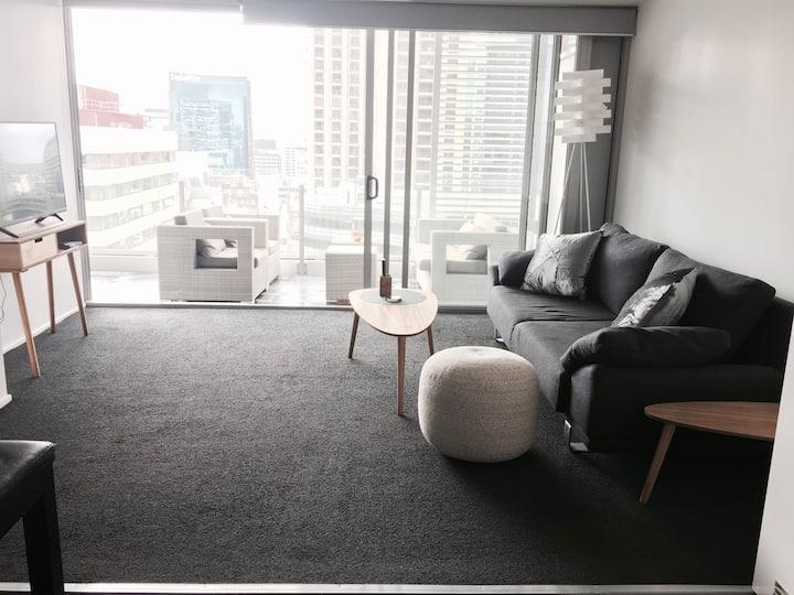 Best location, modern apartment, pool + gym.