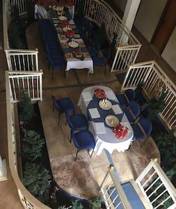 Providence Royale palace - A place to Experience - Kasoa - Pensió