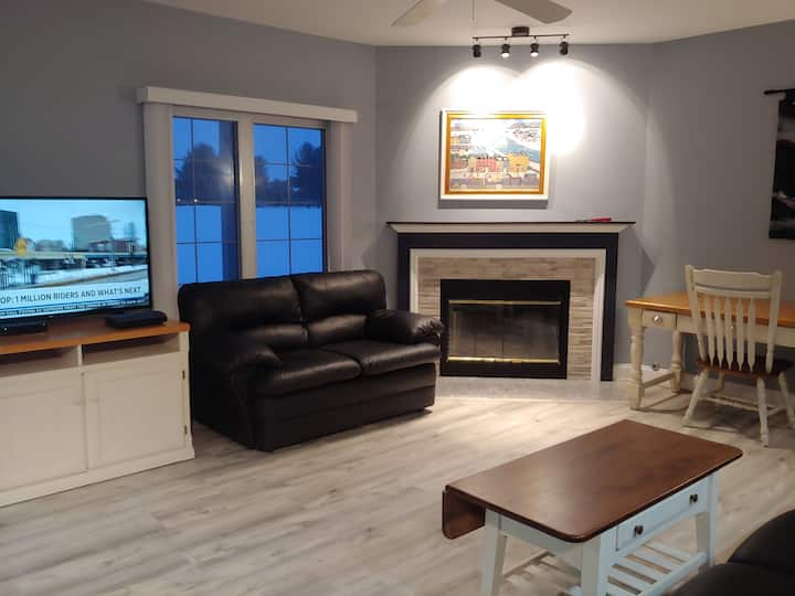 Newly Remodeled GN Golf Condo Monthly Rental