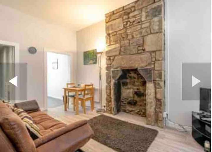 Beautiful cozy 1 bedroom rustic flat in village