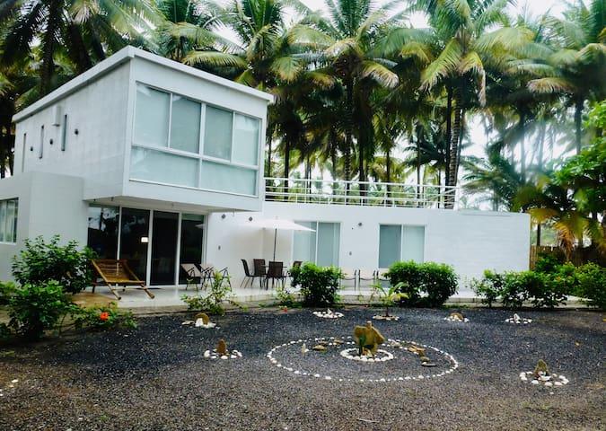 Hermosa casa en la playa