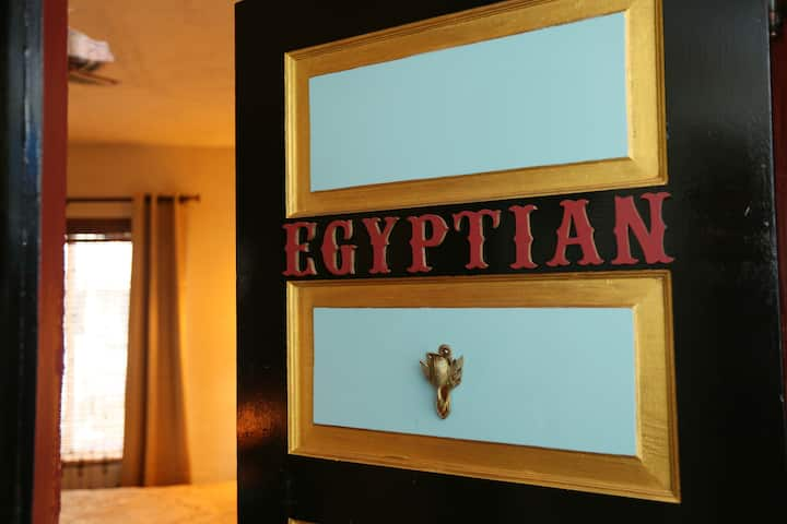 Old Parsonage BNB- Egyptian Room