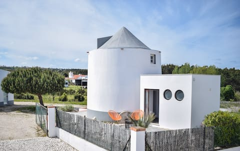 Windmill near the sea, with pool & breakfast incl.