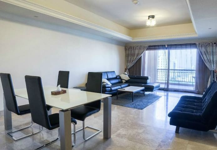 1 bedroom apartment on Palm Jumeirah