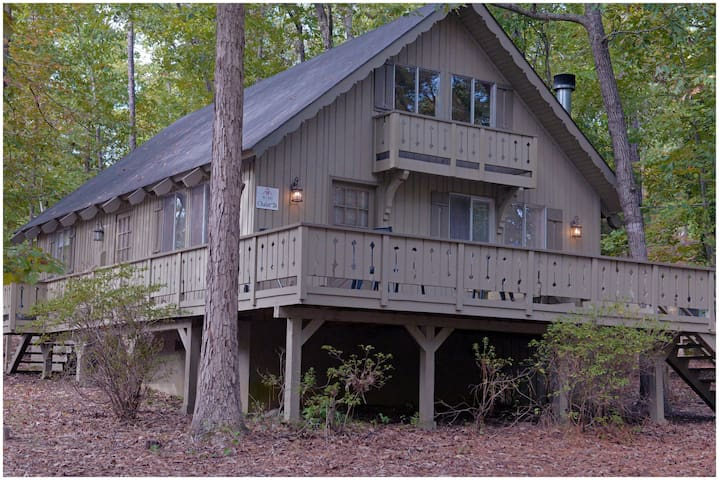 Pine Mountain Club Chalets - Offlake Three Bedroom #26 - Not Pet Friendly