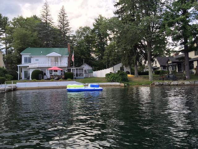 Fabulous House near Lake Winnisquam Sandbar - Sanbornton - Talo