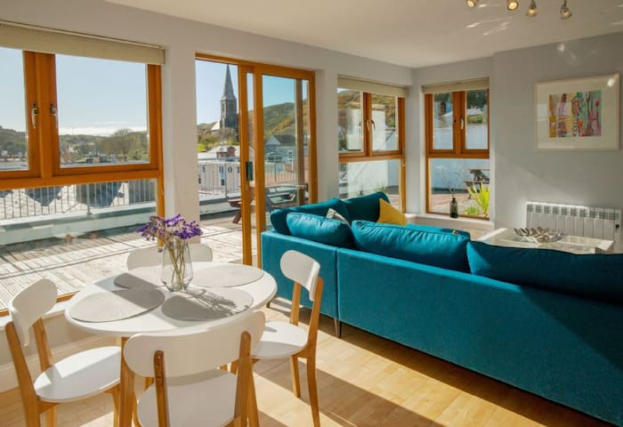Incredible Penthouse Apartment - Best Location in Clifden!