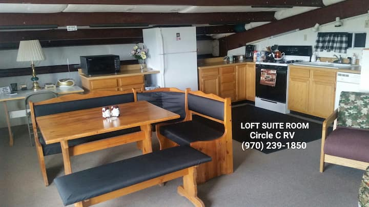 Campground Loft Space with amazing mountain views!