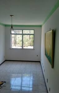 Excelente apartamento 2 dormitórios