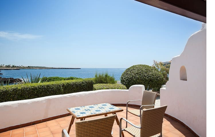 OPPORTUNITY! APARTMENT IN FRONTLINE - Ciutadella de Menorca - Apartamento