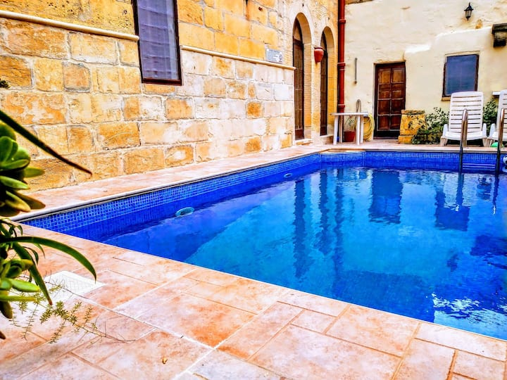Ancient Farmhouse of '800 with Pool -  Gozo