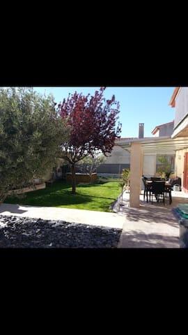 Maison T3 petit jardin - La Penne-sur-Huveaune