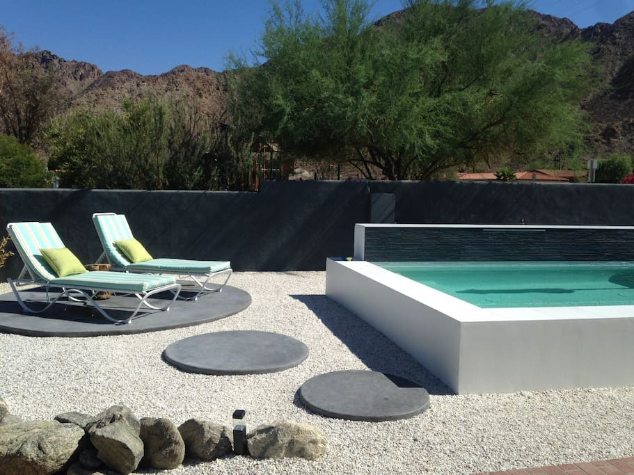 Gorgeous views of Santa Rosa Mountains from Spool and beautiful private back yard