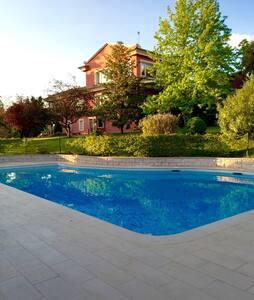 Zona piscicina para Barbacoas - Algete - Άλλο