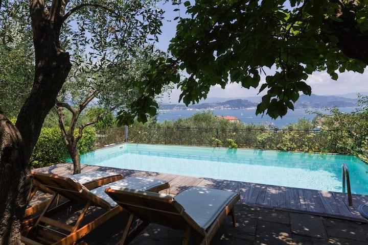 Portovenere Villa con piscina e parcheggio privato