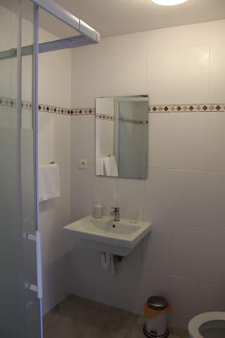 Kamer in Rotem - 2