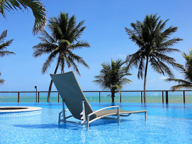 Charming beachfront flat in João Pessoa Metro Area