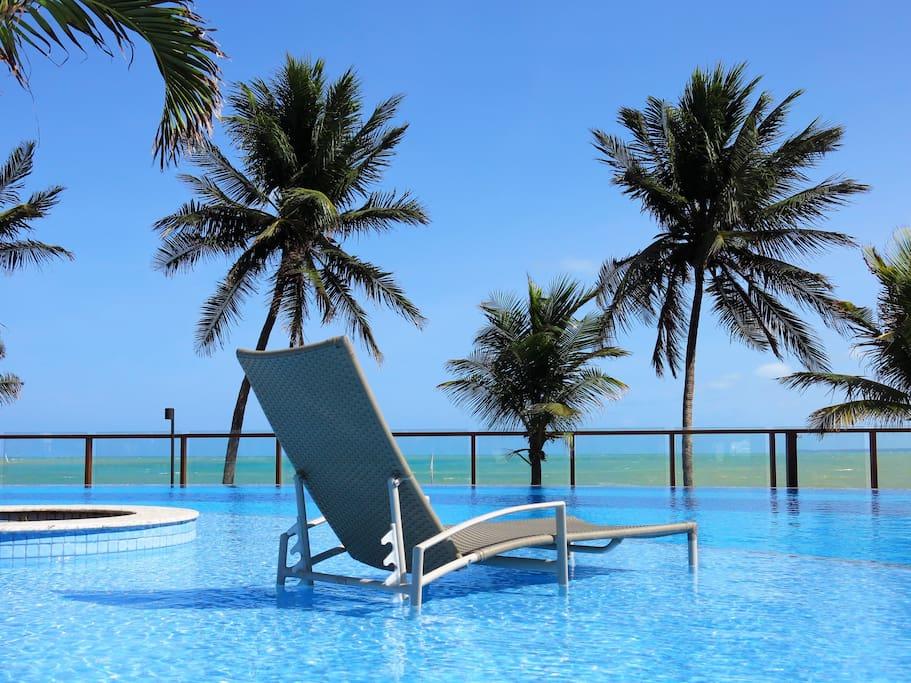 O Paraíso tem endereço: à beira-mar da praia mais charmosa da Grande João Pessoa