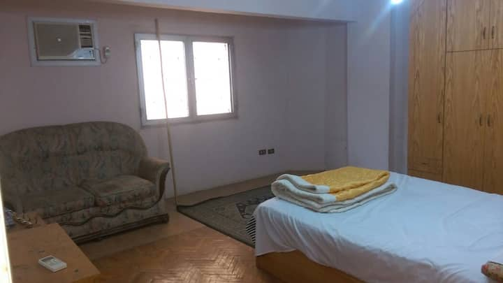 2 Bedroom Luxury Apartment close to Center of Giza