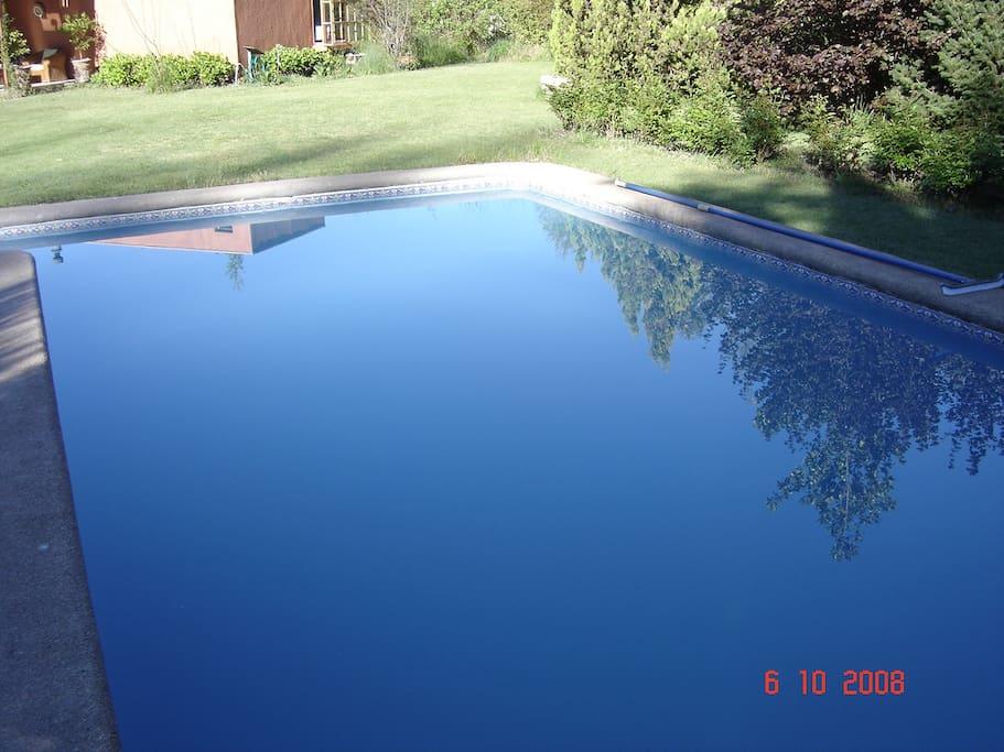 piscina de buen tañaño