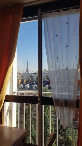 Lovely Room in Paris