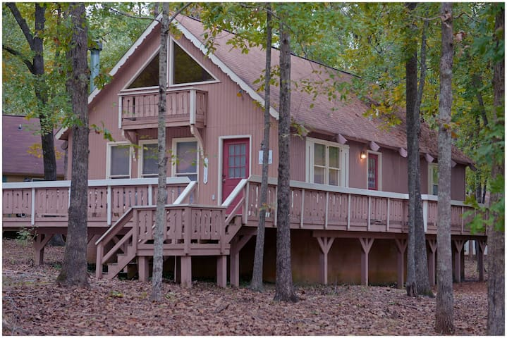 Pine Mountain Club Chalets - Offlake Three Bedroom #27 - Pet Friendly