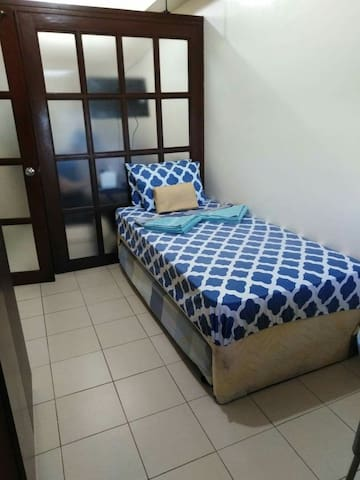 1 BEDROOM CONDOMINIUM IN ORTIGAS CENTER