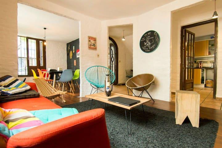 MedioMundo Hostel 3