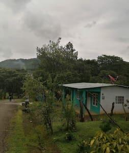 Casa de campo cerca de playas en Tonosi