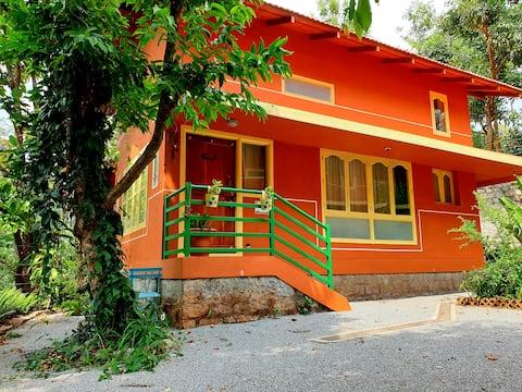 Tat Tvam Asi Organic Farmstay Cottage -Robin