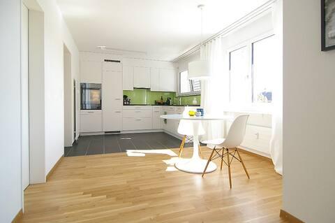 Modernes Designer-Apartment, 2.5 Zimmer
