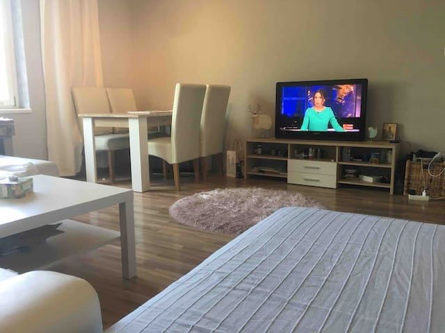 Big room , perfect for 2 person