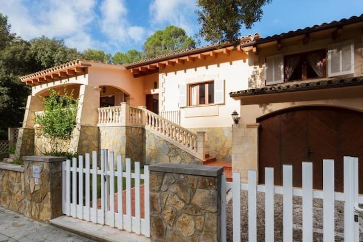 Lovely villa in Cala S Vicente, 367 - Cala Sant Vicenç - House