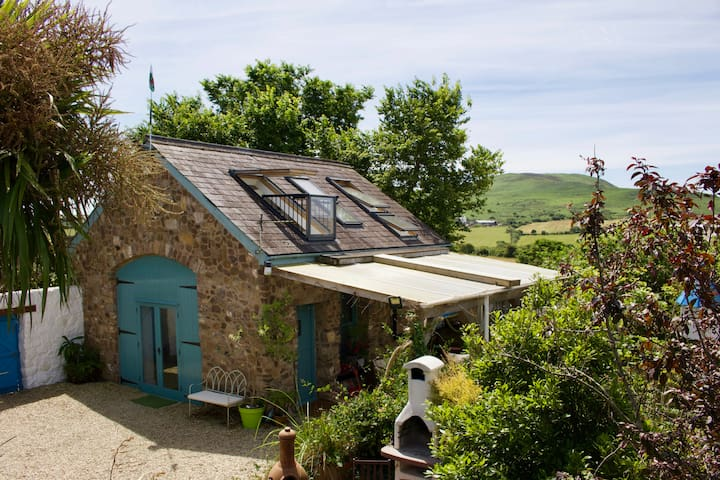 Self Catering Barn in Gower Village
