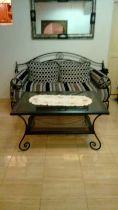 Un sillón para sentar,