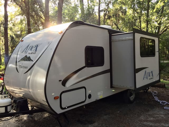 2016 Coachmen RV now Available! Outdoor adventure! - Tampa - Camper