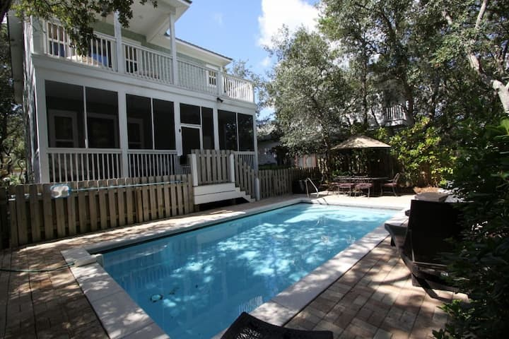 PRIVATE POOL! Walk to Beach, 2 King Suites, 4 Bikes, Large at 2,388 Sq Ft -  Solterra on 30A