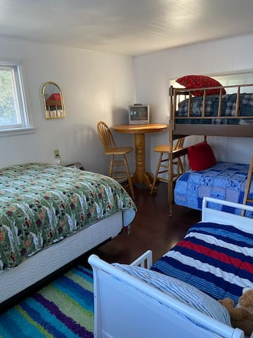 Bunk House (available during warmer months)