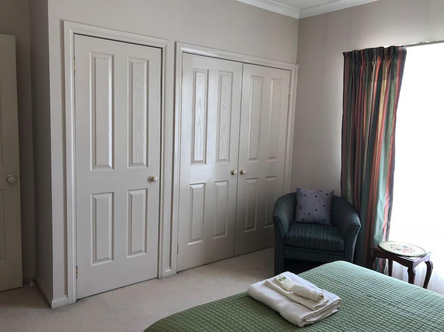 Bedroom 2d - Spacious Wardrobe space