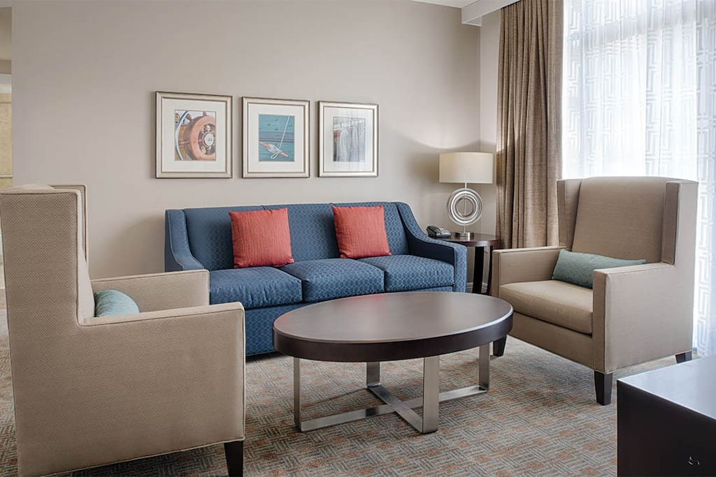 Spacious living area for the entire travel group to enjoy