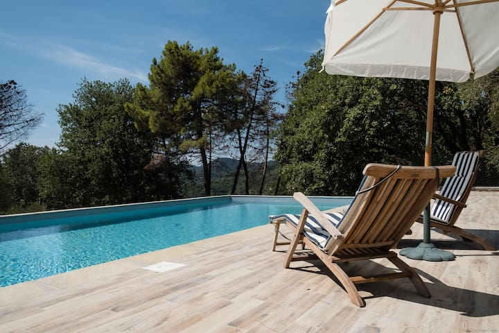 The Blue Villa in Tuscany with big POOL